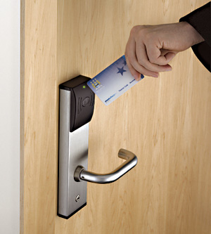 commercial-locksmith-servicescard-reader-locks